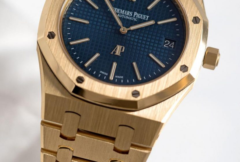 AP Royal Oak Extra Thin yellow gold blue